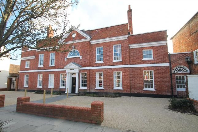 Thumbnail Flat to rent in The Elms, Broad Street, Wokingham