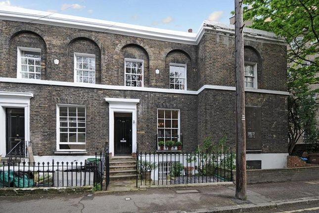 Thumbnail Terraced house to rent in King Edward Walk, Waterloo