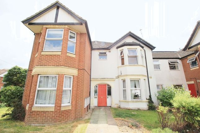 Thumbnail Flat for sale in Howard Road, Shirley, Southampton