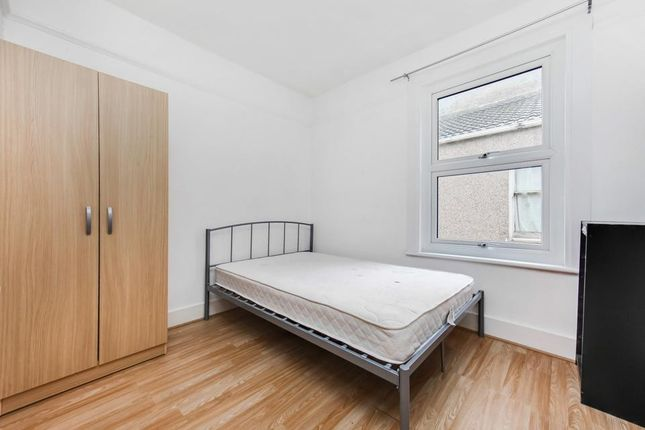 Thumbnail Terraced house to rent in Laleham Road, Catford