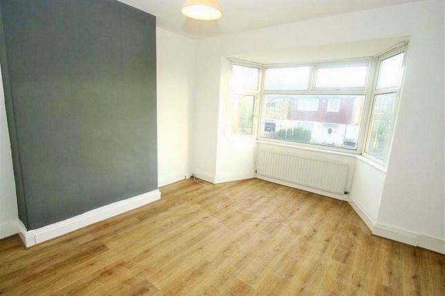Thumbnail Flat to rent in Deanham Gardens, Newcastle Upon Tyne