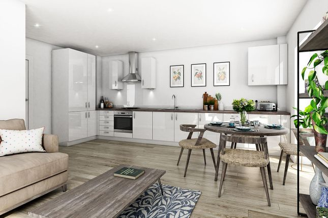 Flat for sale in Fortescue Gardens, London