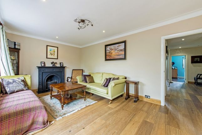 Thumbnail Bungalow to rent in Embry Way, Stanmore