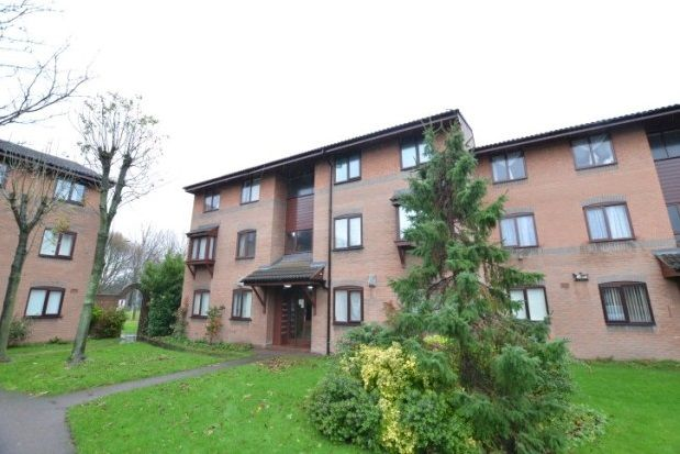 Thumbnail Flat to rent in Minster Court, Edge Hill, Liverpool
