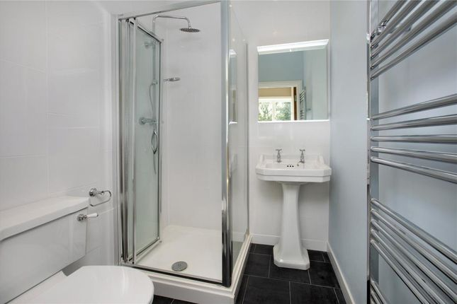 Ensuite Bed 1 of Petitor Road, St Marychurch, Torquay, Devon TQ1