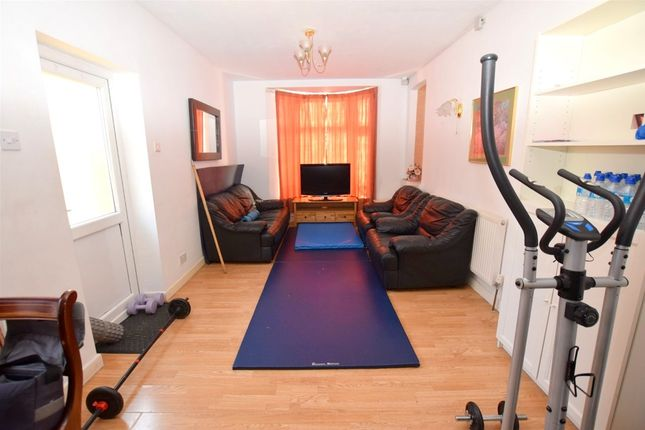 Thumbnail End terrace house to rent in Belgrave Road, Plaistow