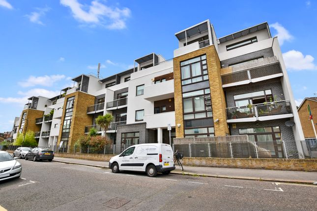Thumbnail Flat to rent in Kimberly Court, Kilburn