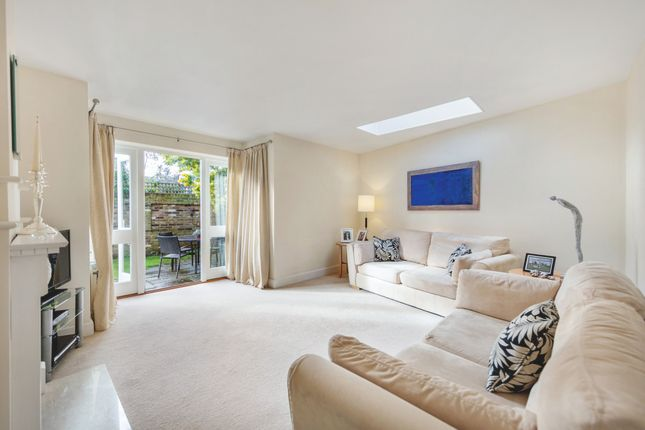 3 bed semi-detached house for sale in Carrington Road, Richmond