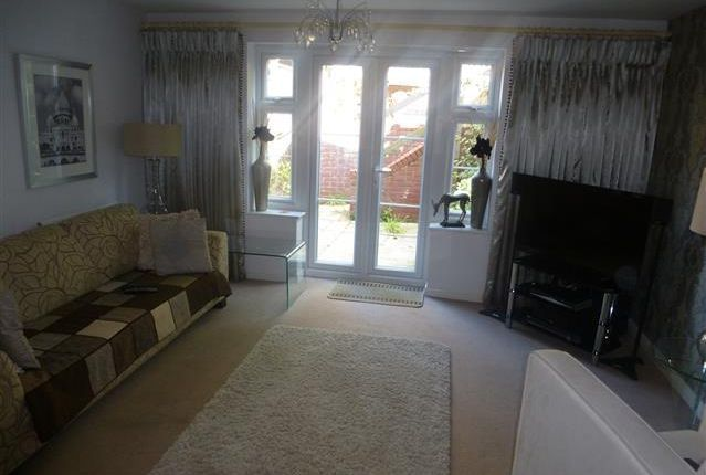 Thumbnail Semi-detached house to rent in Goodrich Mews, Dudley