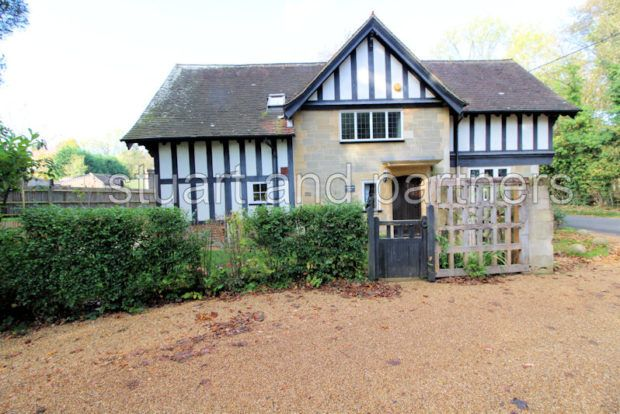 Thumbnail Detached house to rent in Cuckfield Lane, Warninglid