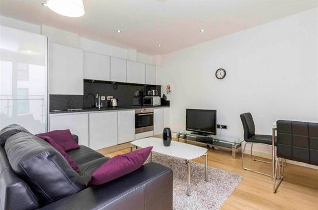 Thumbnail 1 bed flat for sale in Alie Street, London