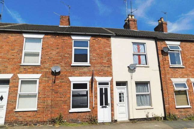 Thumbnail Terraced house to rent in College Street, Grantham