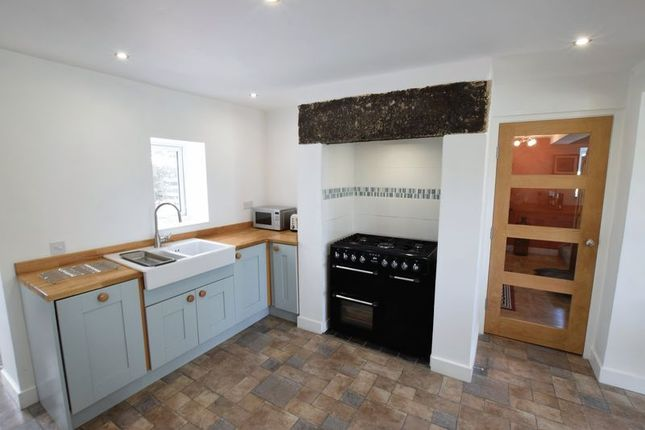 Kitchen of Newmarket Lane, Clay Cross, Chesterfield S45