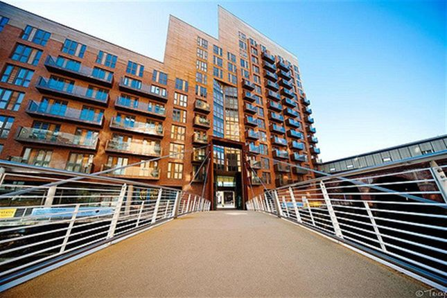 Thumbnail Flat to rent in Watermans Place, Wharf Approach, Leeds