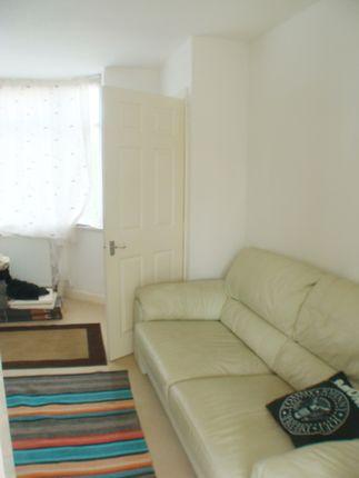 Living Room of Dearmont Road, Longbridge B45