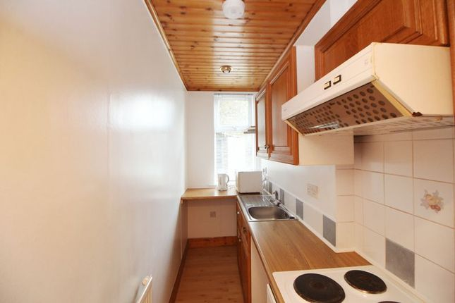 Kitchen of Balfour Street, Kirkcaldy KY2