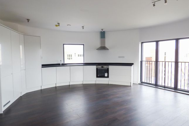 Thumbnail Flat for sale in Flat 6, 45 New Road, Gravesend