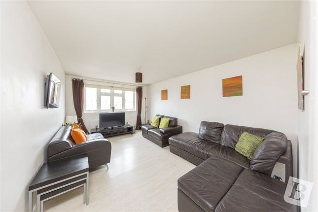 Thumbnail Detached house for sale in Southend Arterial Road, Hornchurch