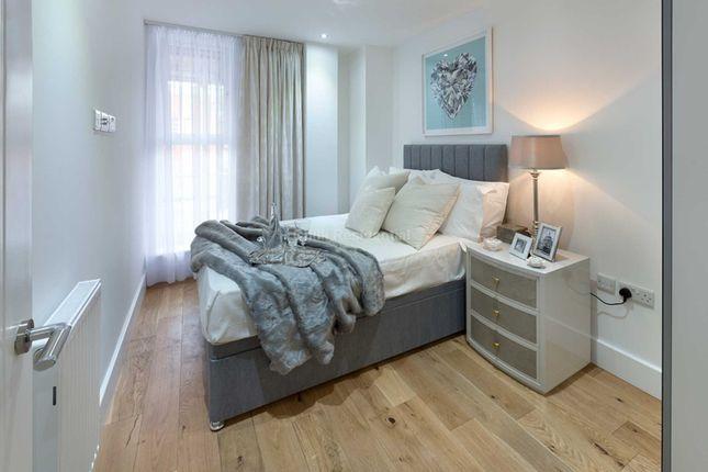 Thumbnail Flat to rent in Westmead, Farnborough