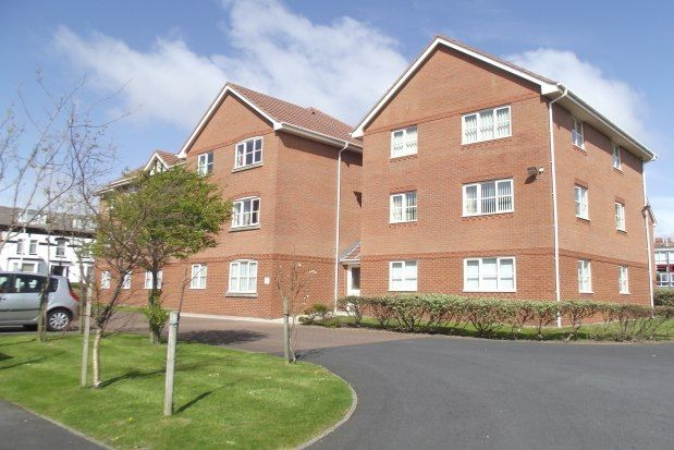 2 bedroom flats to let in Blackpool, Lancashire ...