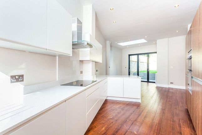 Thumbnail Property for sale in Tremlett Grove, Archway, London