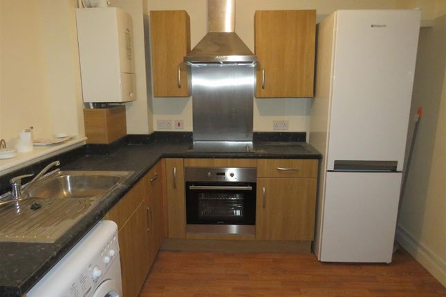 Thumbnail Property to rent in Dolphin Court, Coventry