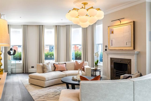5 bed end terrace house for sale in Flood Street, London SW3