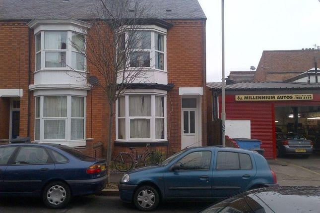 3 bed property to rent in Cambridge Street, Leicester