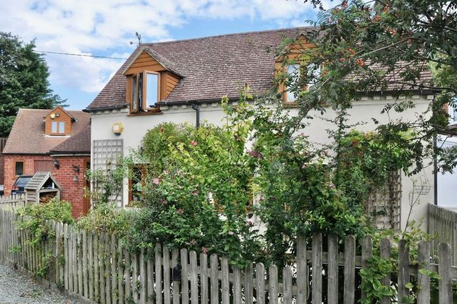 Thumbnail Detached house for sale in Badsey Fields Lane, Badsey, Evesham