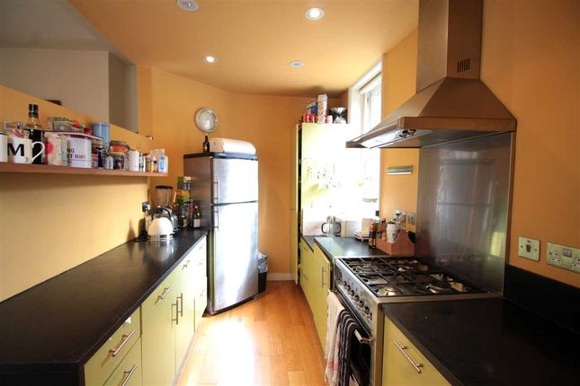 Thumbnail Property to rent in Rochester House, Rushcroft Road, Brixton