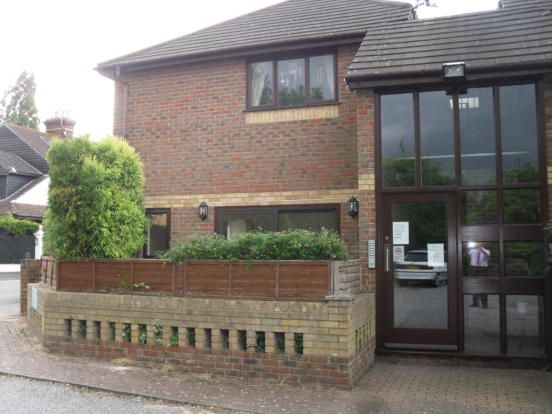 1 bed flat to rent in 19 Dering Road, Ashford, Kent