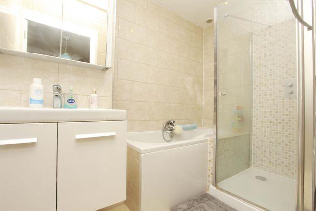 Bathroom of Little Orchard Close, Pinner HA5