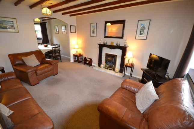 Lounge of Vincent Close, Old Hall, Warrington WA5