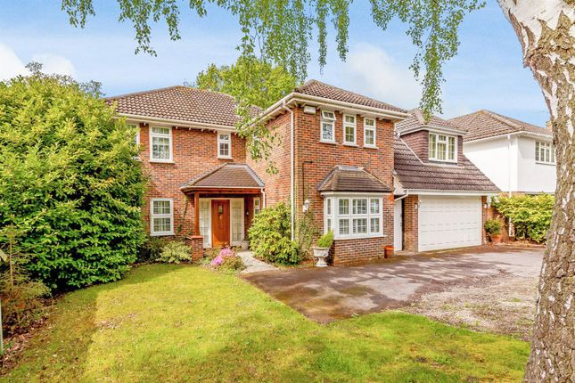 Thumbnail Detached house for sale in Potash Road, Billericay