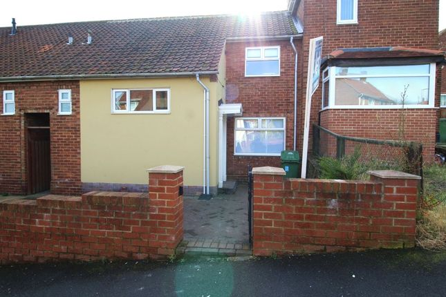 Thumbnail Semi-detached house to rent in Mourne Gardens, Gateshead