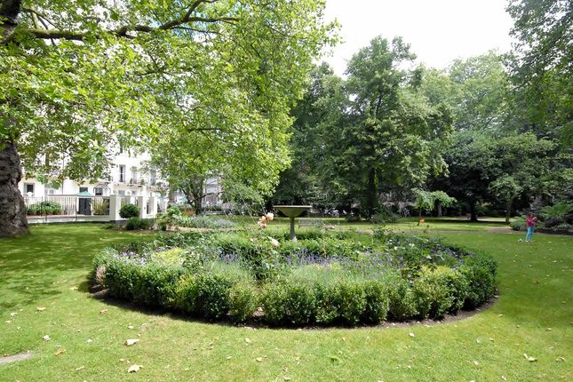 Thumbnail Town house to rent in Stanhope Gardens, South Kensington