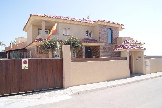 Thumbnail Villa for sale in La Manga, Murcia, Spain
