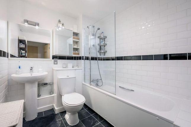 Main Bathroom of Seven Sisters Road, London N4