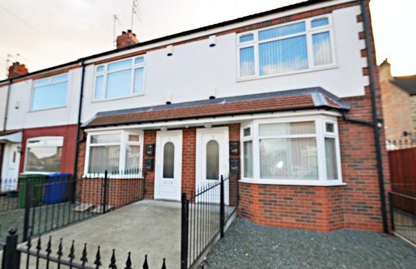 Thumbnail Flat to rent in Northfield, Hessle