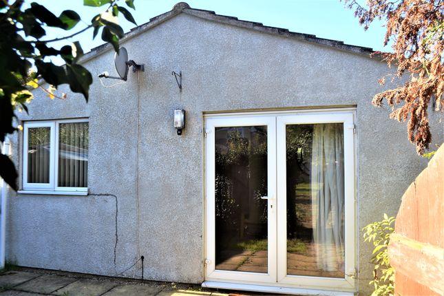 Thumbnail Detached bungalow to rent in Coldhams Lane, Cambridge