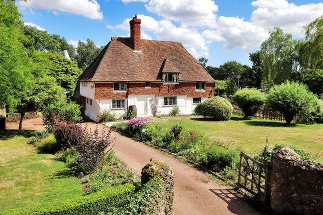 Thumbnail Farmhouse for sale in Newland Green Lane, Egerton, Ashford