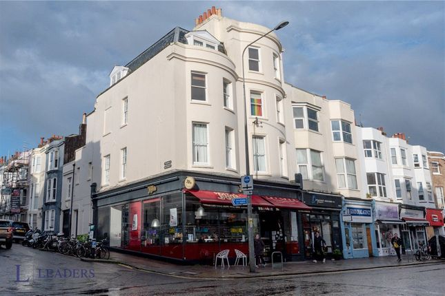 1 bed flat for sale in Western Road, Brighton BN1