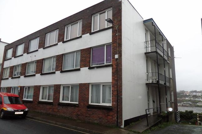 Thumbnail Flat to rent in Bideford