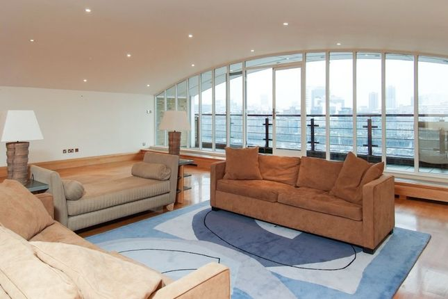 Thumbnail Flat to rent in River View Heights, 27 Bermondsey Wall West, London