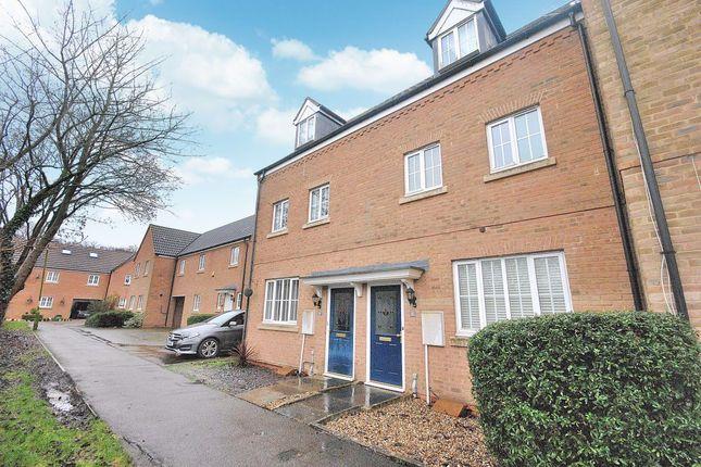 Thumbnail Property to rent in Hurn Grove, Bishops Stortford, Hertfordshire