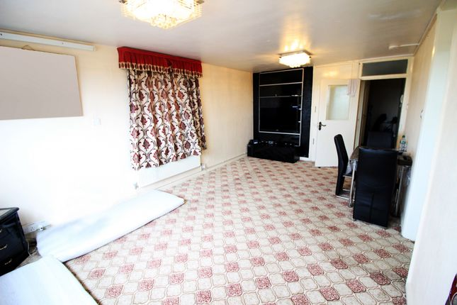 Thumbnail Flat to rent in Rufford Tower, Lexden Road, London