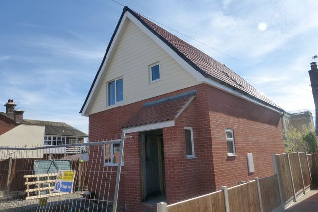 Thumbnail Property for sale in Pattricks Lane, Dovercourt, Harwich