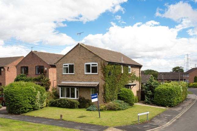 Thumbnail Detached house for sale in Towthorpe Road, Haxby, York