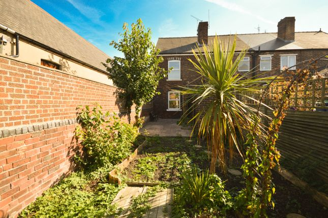 Thumbnail Terraced house to rent in Furnace Lane, Woodhouse, Sheffield