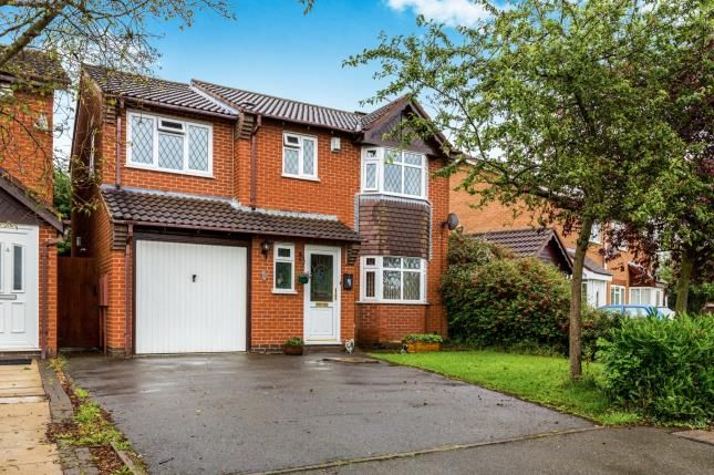 Thumbnail Detached house for sale in Coldstream Close, Hinckley, Leicestershire